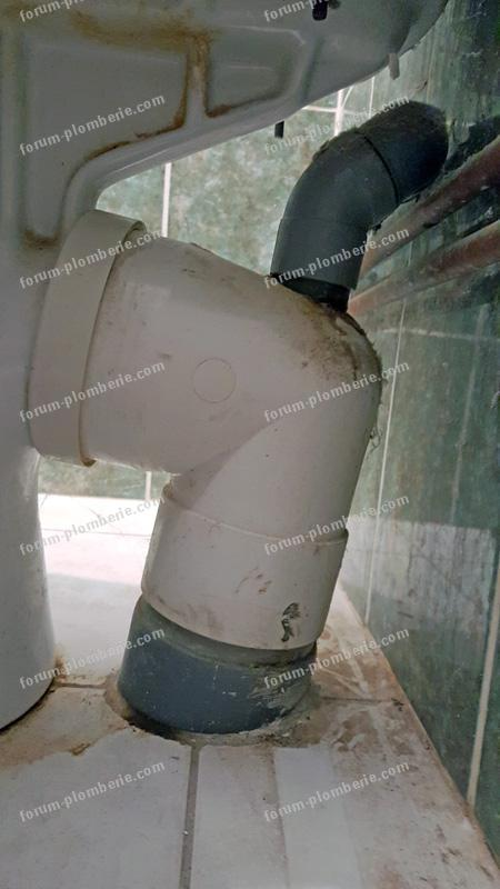 colonne d'évacuation WC inclinée
