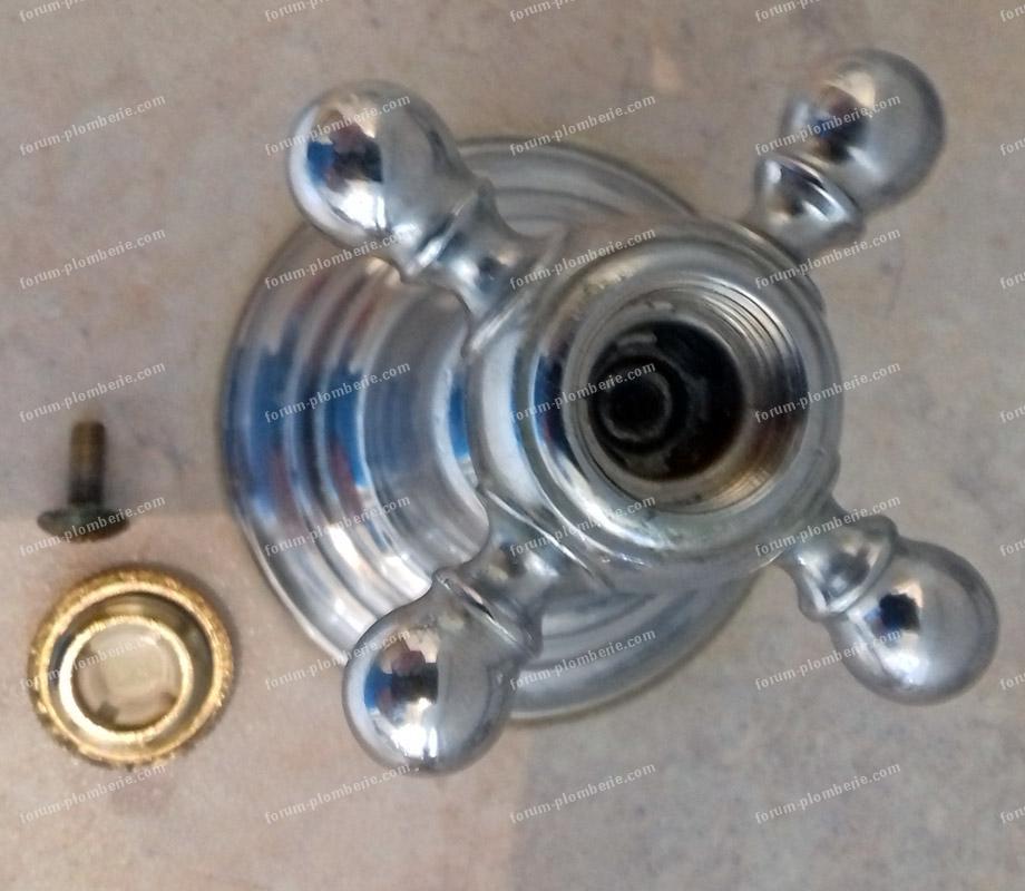 démonter tête de robinet en croisillon