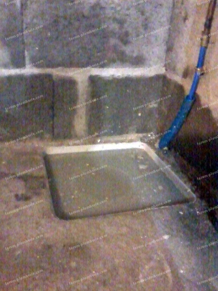 probl me plomberie eau lave linge refoule dans l 39 vacuation du garage. Black Bedroom Furniture Sets. Home Design Ideas