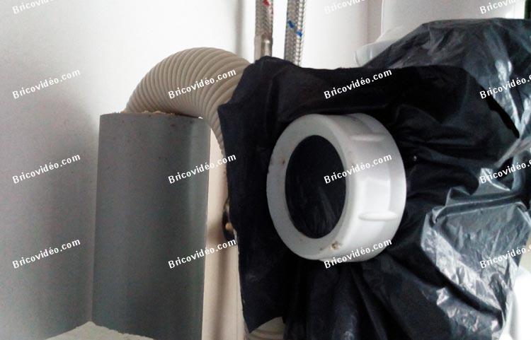 odeur cuisine limination de la mauvaise odeur de votre frigo with odeur cuisine comment viter. Black Bedroom Furniture Sets. Home Design Ideas