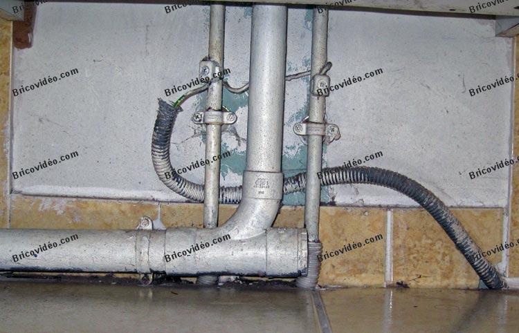 forum plomberie odeur d 39 gout dans la salle de bains oui