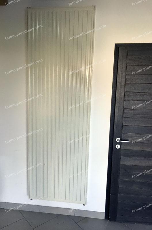 forum plomberie conseils raccordement radiateur vertical raccord par le bas. Black Bedroom Furniture Sets. Home Design Ideas